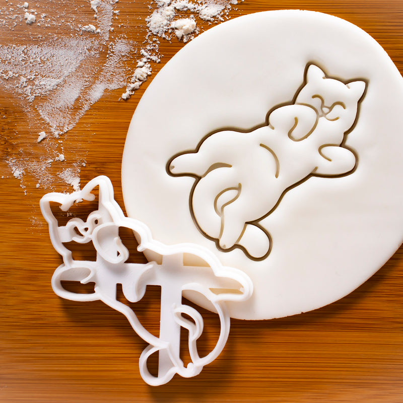 Kitty Roll Cookie Cutter