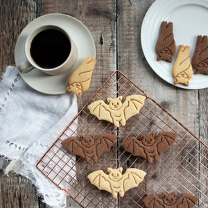 sleeping bat and flying bat halloween cookies