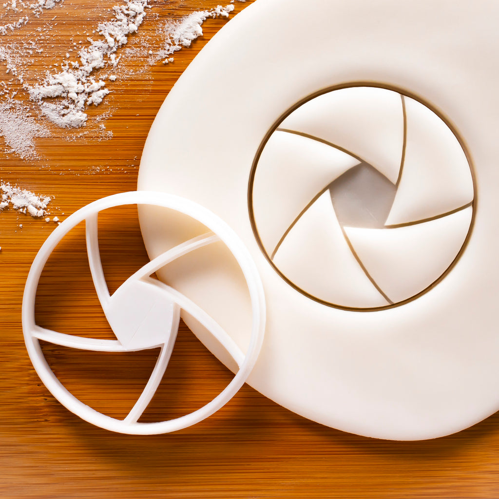 5 Blade Aperture Cookie Cutter