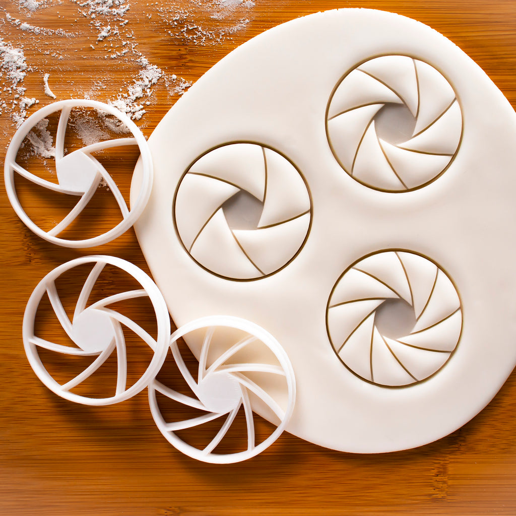 Set of 3  Aperture Cookie Cutters (5, 7, 9 Blades)