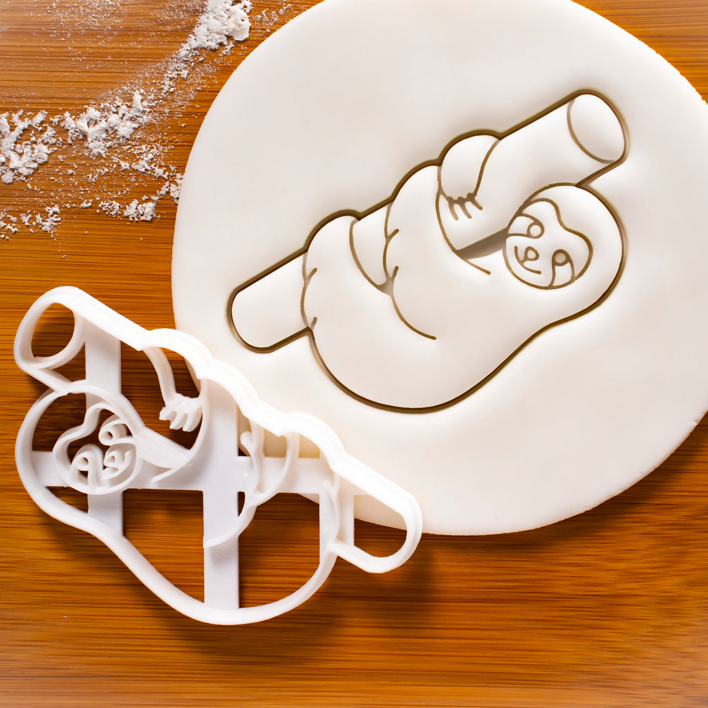 Three-Toed Sloth on Tree cookie cutter