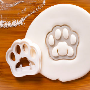 realistic kitty paw cookie cutter