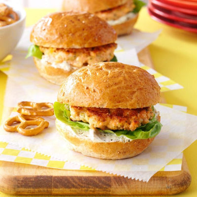Inviting Garlic-Herb Salmon Sliders