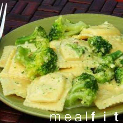 Cheese Ravioli with Broccoli Cream Sauce