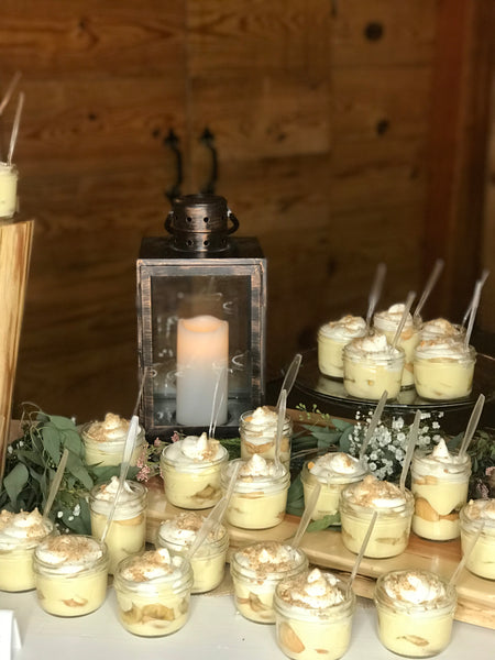 Banana pudding catering table