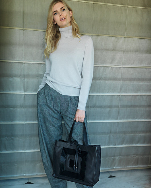The Infinity Tote with Pony