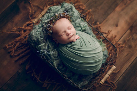 """Rebecca"" newborn photo prop"