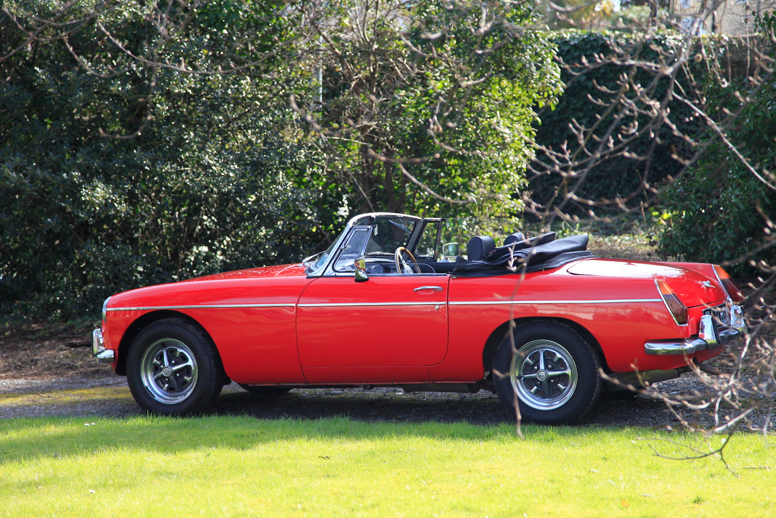 MGB Roadster Red for hire