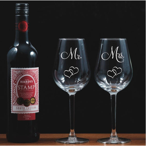 Two Mr & Mrs Engraved Wine Glasses with entwined hearts - The Spotted Moon Company