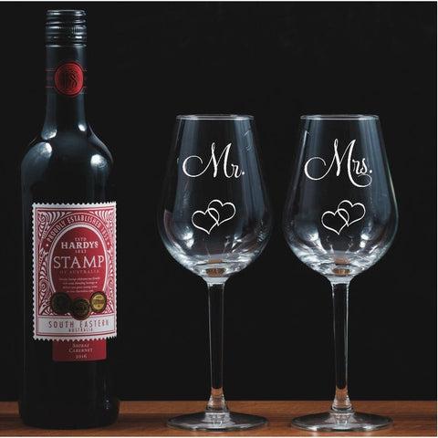 Two Mr & Mrs Engraved Wine Glasses With Entwined Hearts