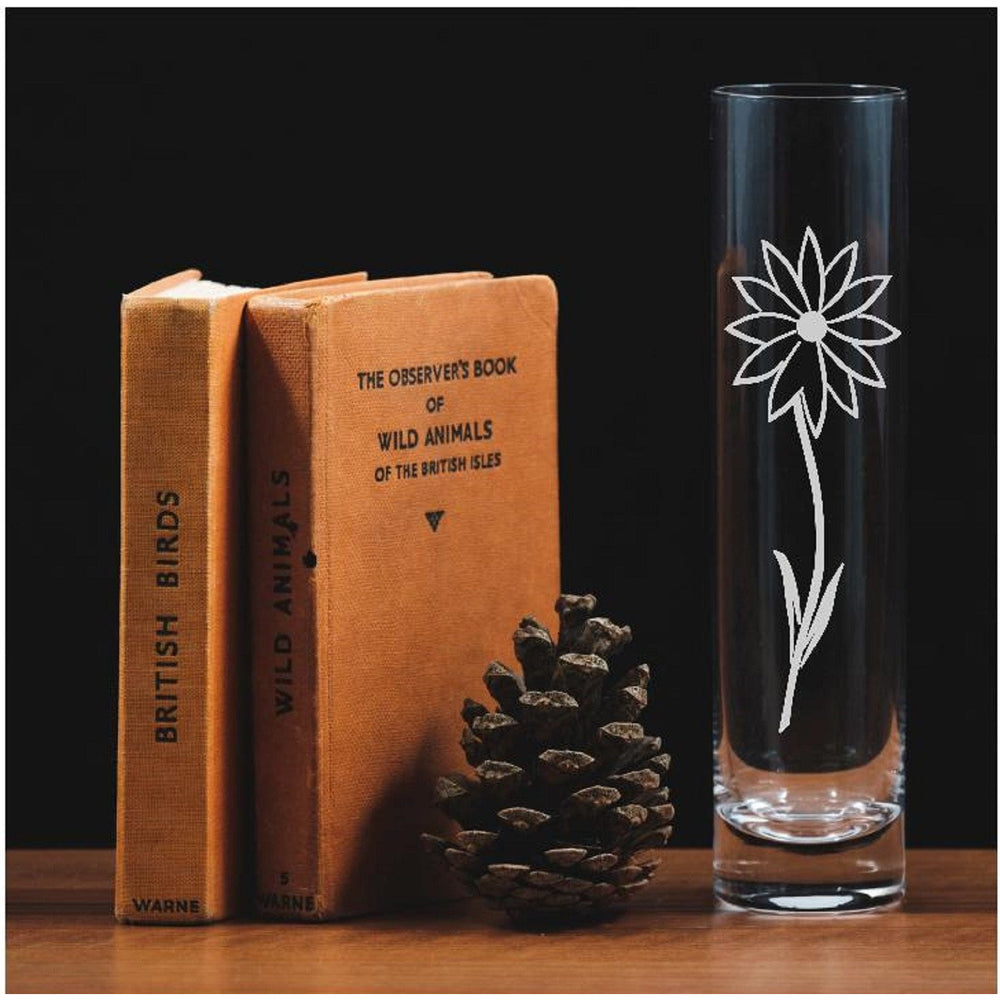 A beautiful glass bud vase engraved with a single Daisy - The Spotted Moon Company