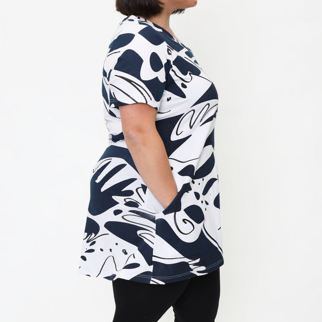 Mia Tunic in Hands Print