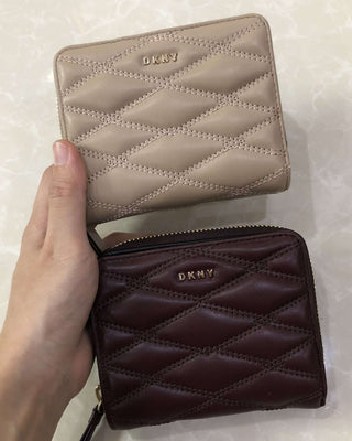 DKNY QUILTED PINSTRIPE CARRYALL SMALL WALLET - LovelyMadness Clothing Online Fashion Malaysia