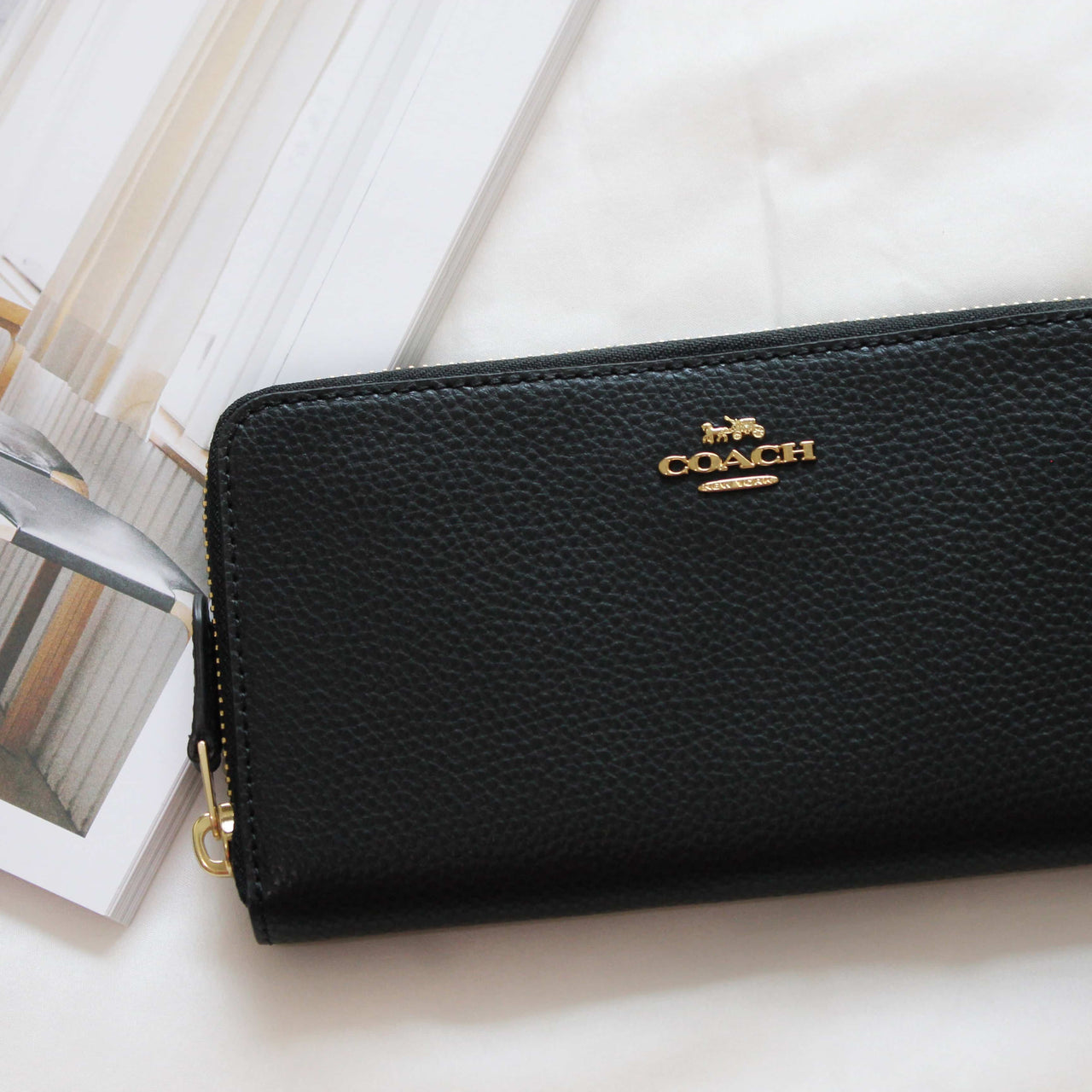 COACH ACCORDION ZIP WALLET IN POLISHED PEBBLE LEATHER - Lovely Madness