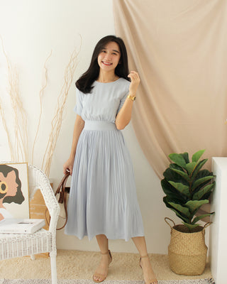MIMI DAISY Pleat Dress