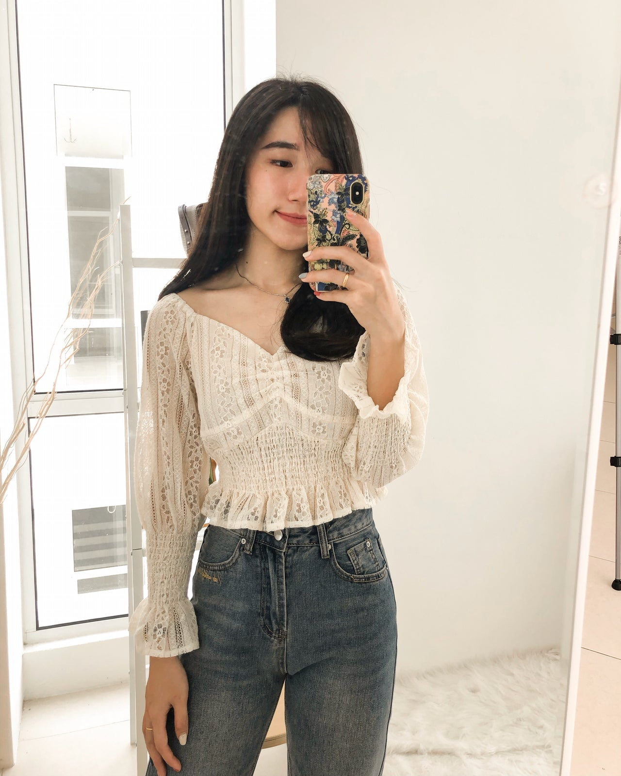 Lace Puffy Top