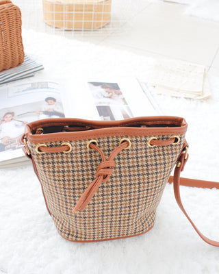 Checkered Bucket Bag - Lovely Madness
