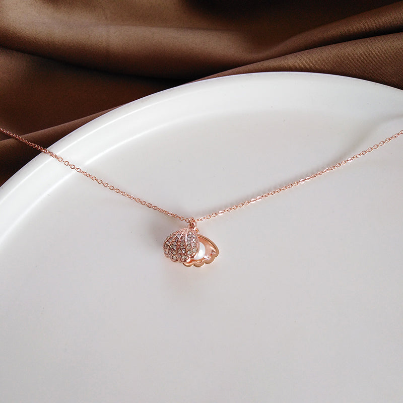 Pearl ROSEGOLD Necklace