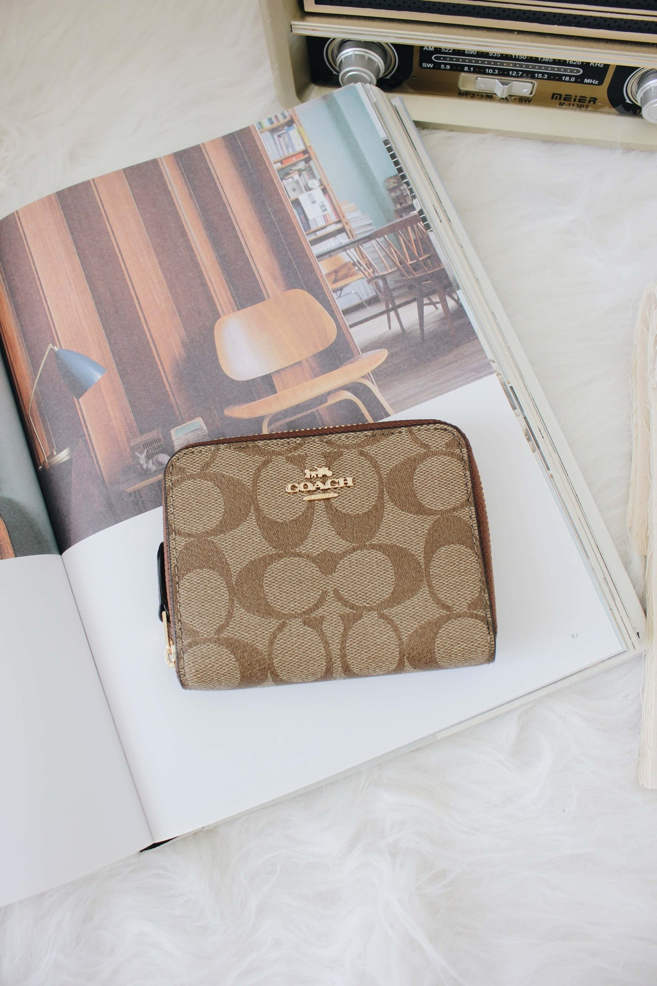 COACH SMALL ZIP AROUND WALLET IN SIGNATURE CANVAS - Lovely Madness