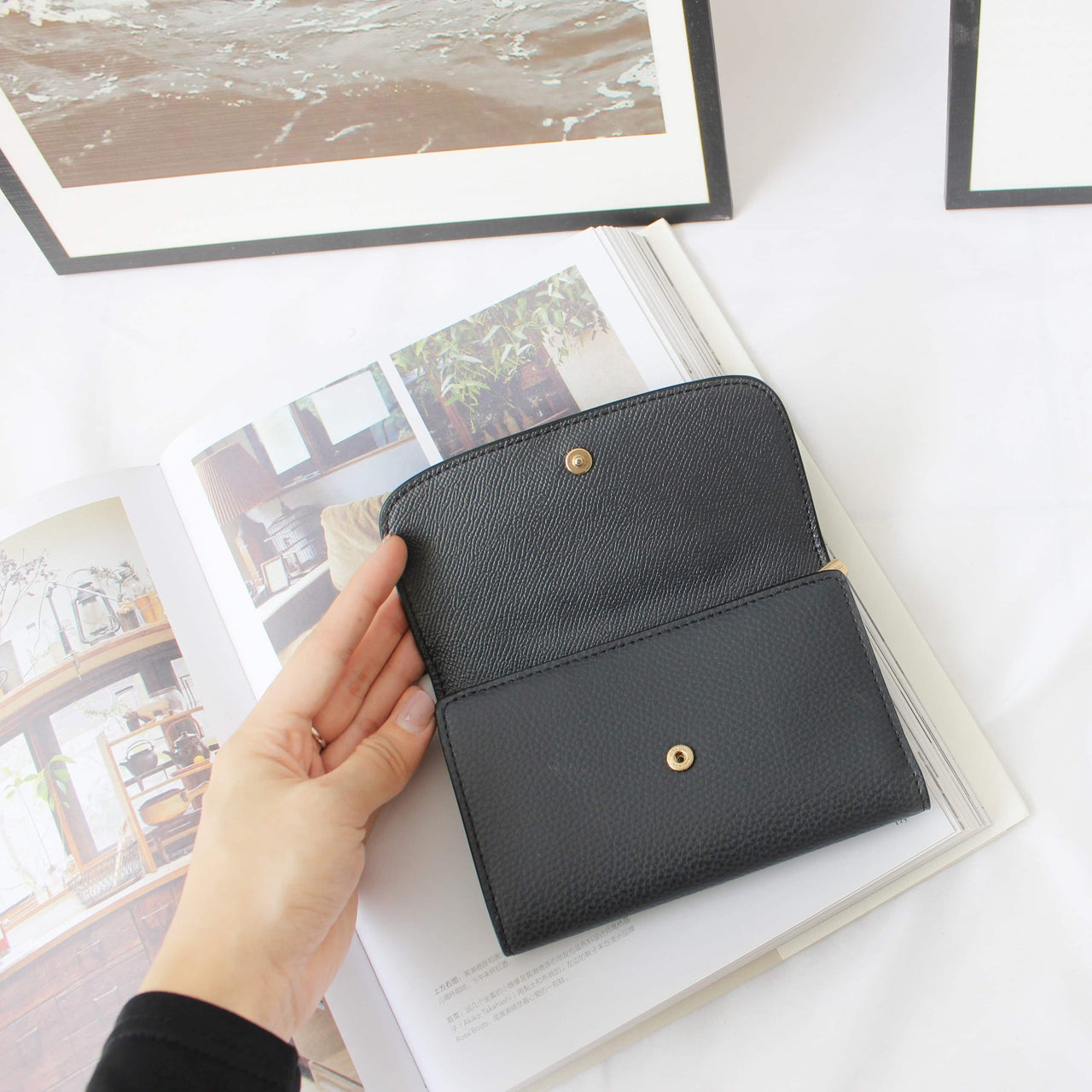 COACH MEDIUM ENVELOPE WALLET - LovelyMadness Clothing Malaysia
