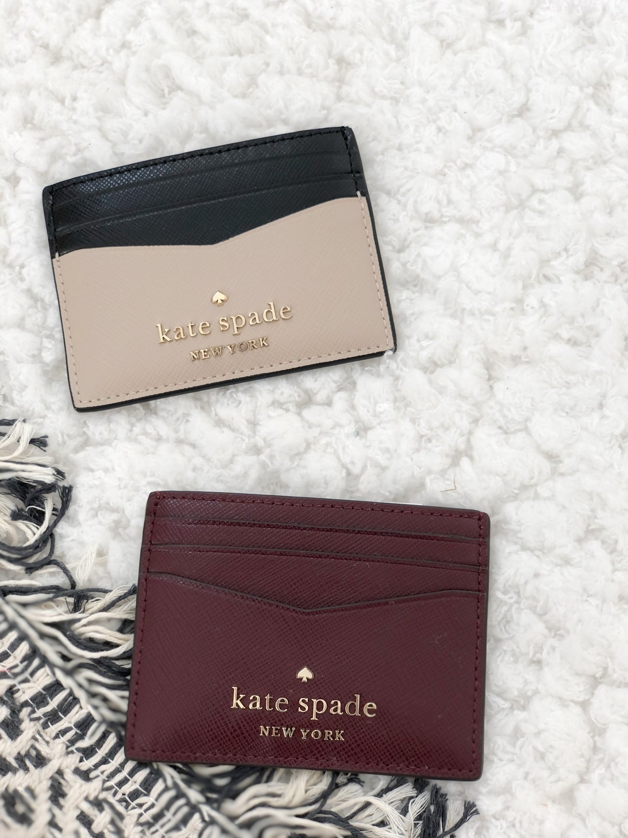 Kate Spade New York V Small Slim Card Holder