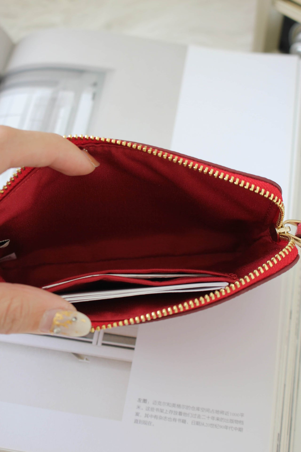 COACH CORNER ZIP WRISTLET IN CROSSGRAIN LEATHER - Lovely Madness