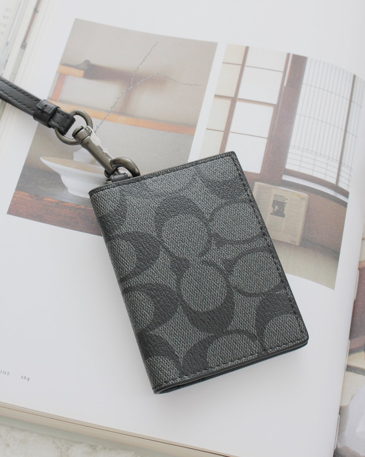 COACH ID CARD CASE LANYARD IN SIGNATURE CANVAS - LovelyMadness Clothing Online Fashion Malaysia