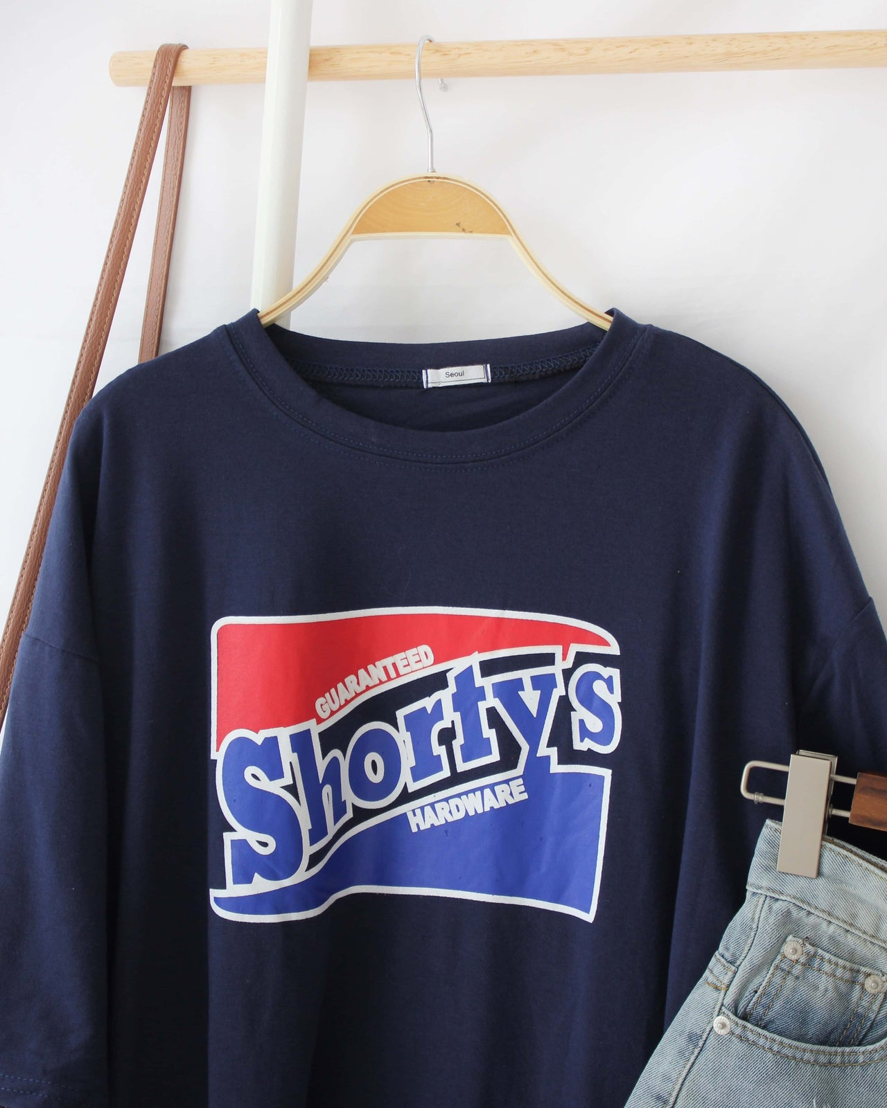 SHORTYS Tee - Lovely Madness