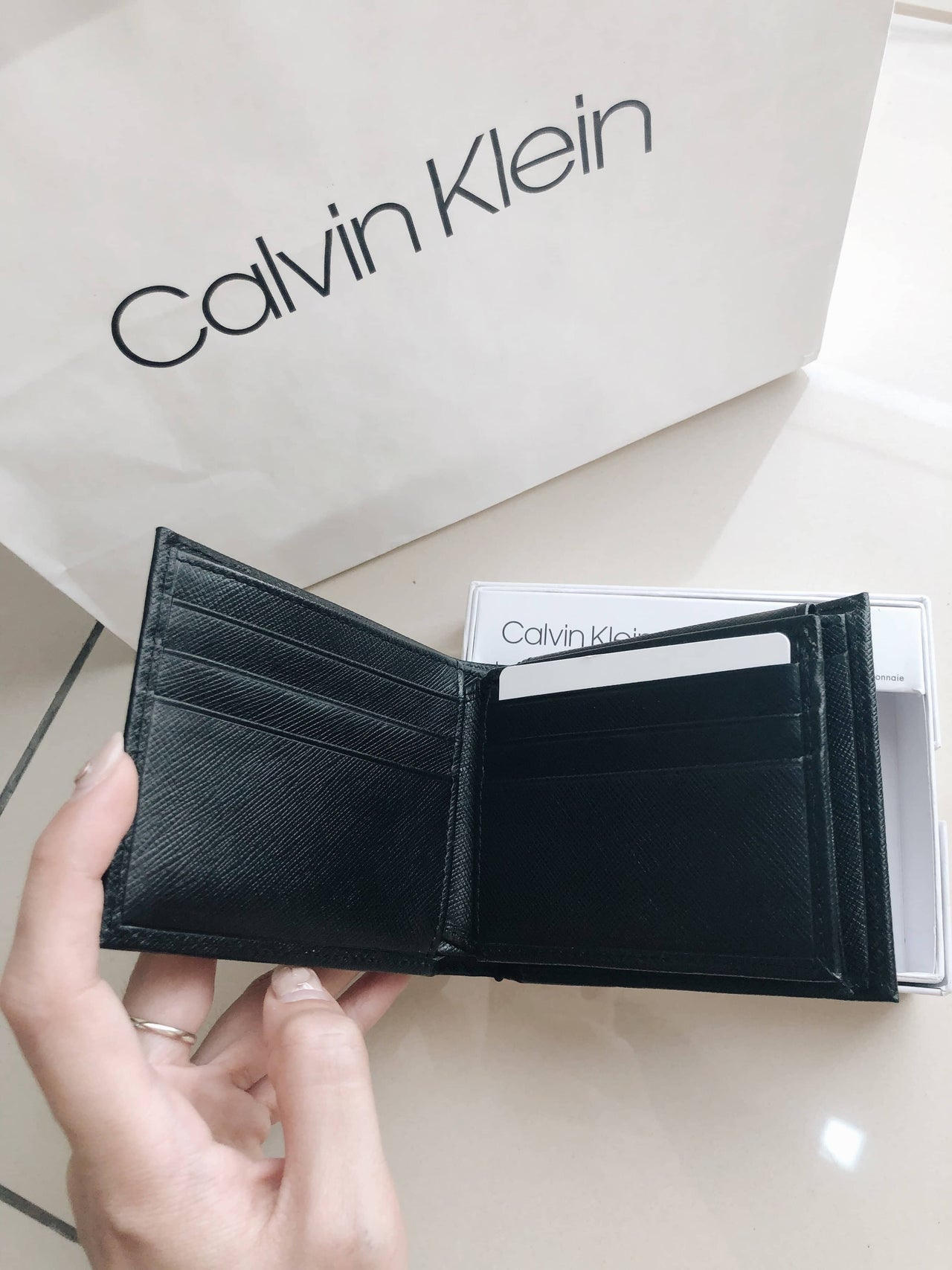 CALVIN KLEIN CROSSGRAIN COIN POCKET - LovelyMadness Clothing Online Fashion Malaysia