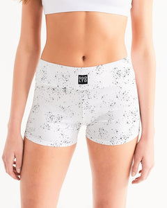 Panna 1v1 Mid-Rise Yoga Shorts by Squared Limited