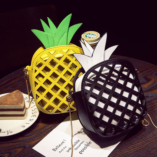 Pineapple Dream (Chain Clutch Veggie Leather Shoulder Bag)