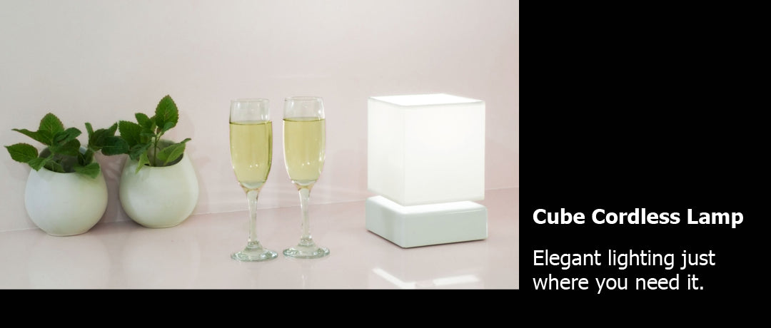Cube cordless lamp wine glasses