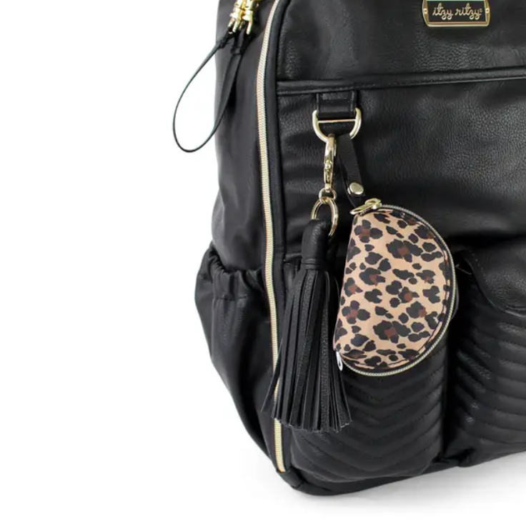 Itzy Rizty Everything Pouch Leopard