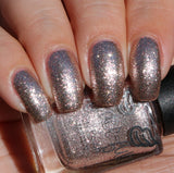 Moonface – a champagne coloured metallic flakie polish
