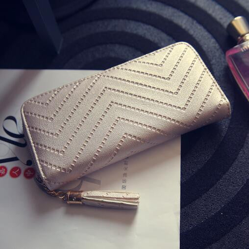 Luxurious Tassel Zig Zag Wallet