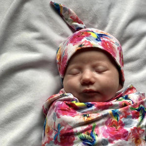 bumblito - stretch swaddle set - newborn swaddle - Shimmer hummingbirds and pink florals newborn swaddle