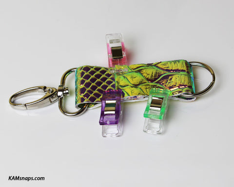 How to Make Easy No-Sew Vinyl Key Fob Tutorial