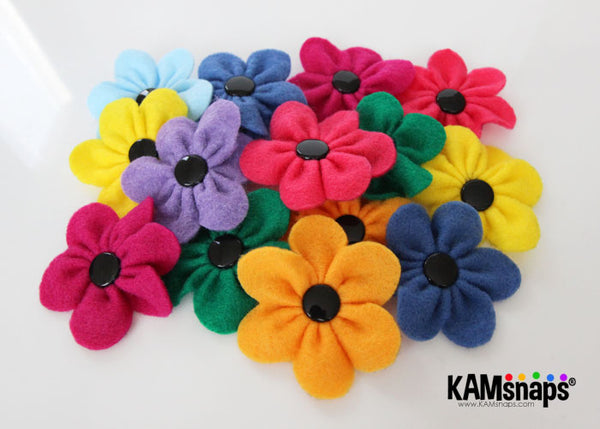 felt flowers diy tutorial free pattern snap fasteners snap buttons no-sew front view