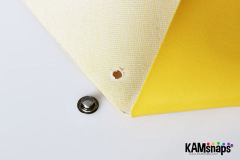 Origami triangle coin purse easy no sew tutorial with KAM snaps metal button fasteners cut scissors hole for grommet