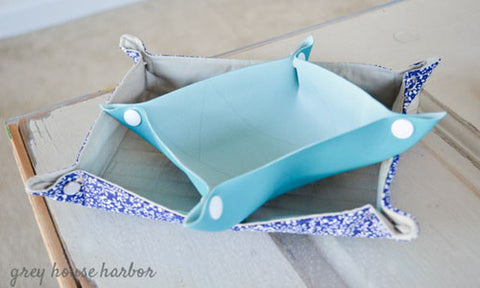 How to Make a Fabric Snap Tray Tutorial Free Pattern with KAM snaps no-sew button fasteners
