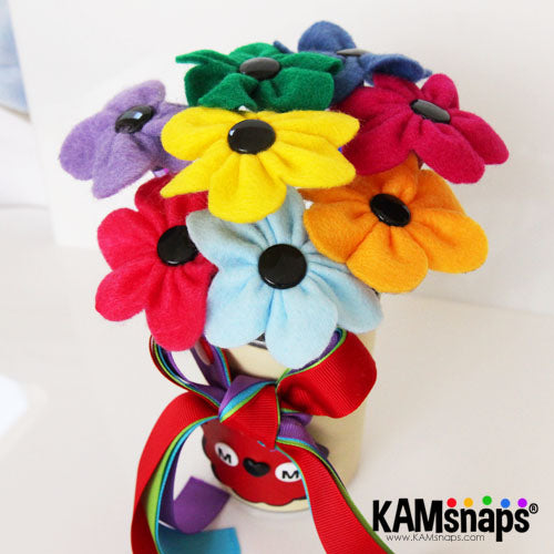 felt flowers pen bouquet with no-sew kam snap fasteners snaps buttons bright and colorful perfect gift