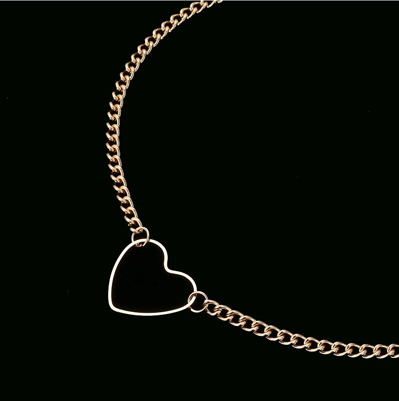 HMS 2019 Hollow Heart Choker Necklaces