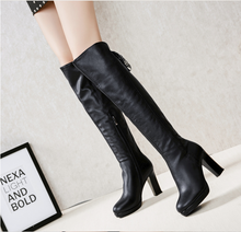 Hot Miami Shades Thick With High-Heeled Knee Boots
