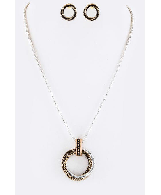 Linked Hoops Pendant Necklace Set