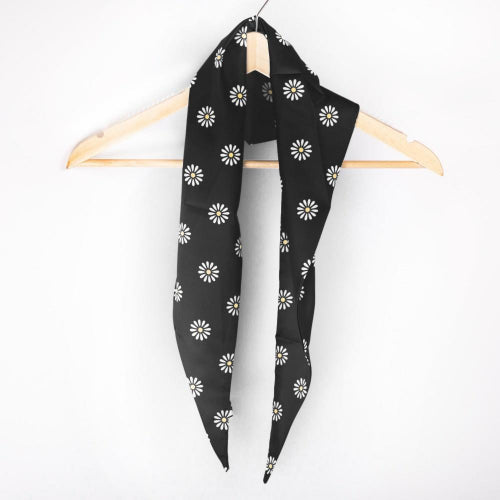 Daisy Triangle Scarf Black