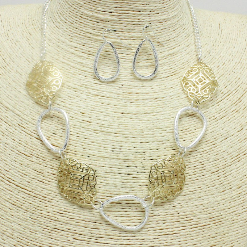 Hammered Two-Tone Necklace Set wit Patterned Links