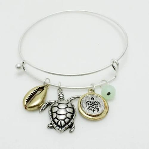 Sea Turtle Charm Bracelet Two/Tone Mint