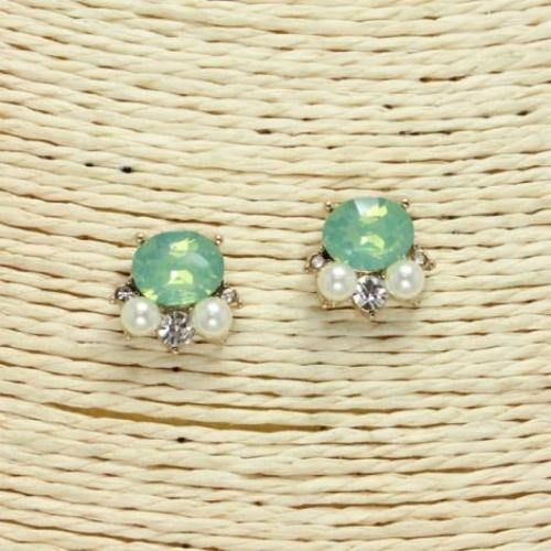 Glass Stone & Pearl Stud Earrings Mint