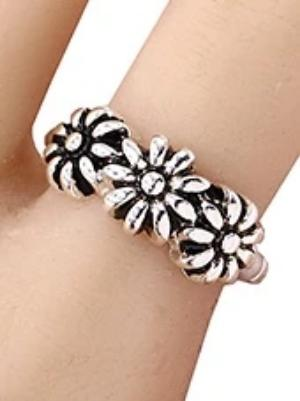 Flower Stretch Ring Silver