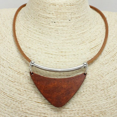 Hammered Metal & Triangular Wooden Necklace